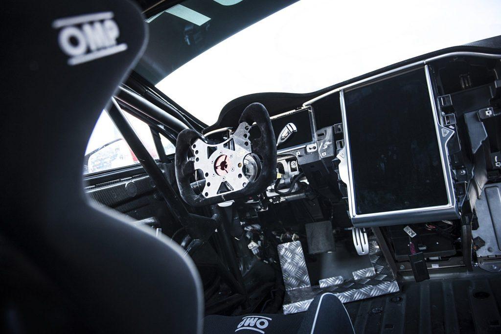 Tesla Model S P100DL EPCS inside overview
