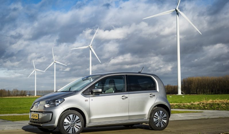 Volkswagen e-Up! full
