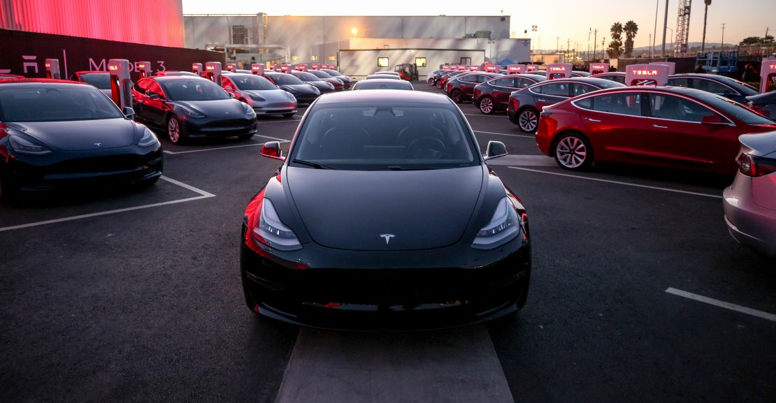 Tesla Model 3 Prijzen Voltic Electric Lease