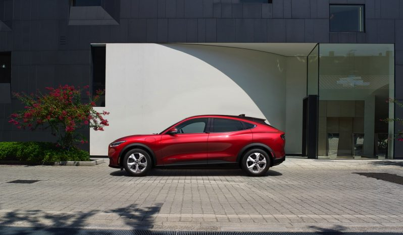 Ford Mustang Mach-E ER RWD vol