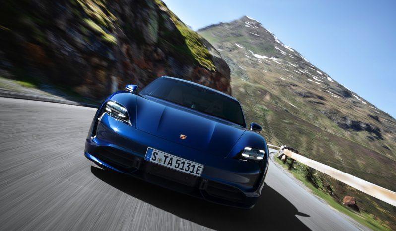 Porsche Taycan Turbo vol
