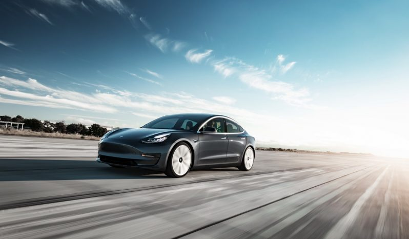 Tesla Model 3 Standard Range vol